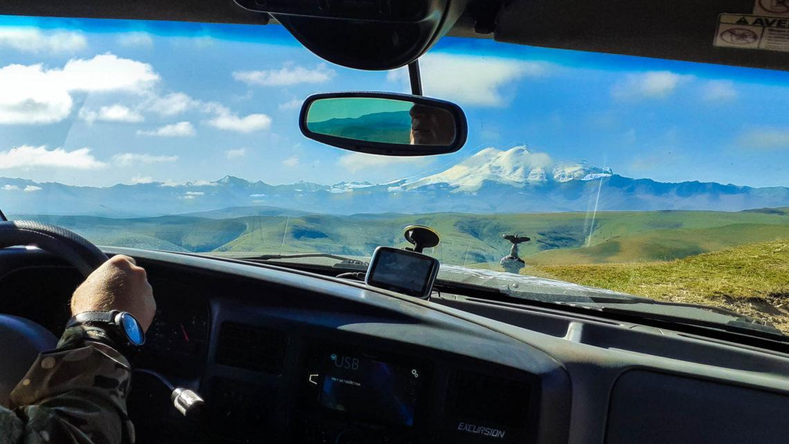 На внедорожниках из Пятигорска в горы Кавказа