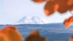 Вековые заснеженные вершины Эльбруса