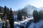 Домбай зимой: куда пойти и что посмотреть