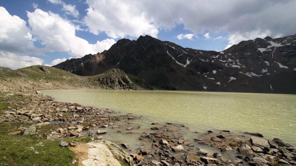 Высокогорное озеро Сылтранкёль